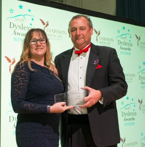 2018 Supportive Employer Award Winner A&S Landscape with Award Sponsor Darwin Wealth Management